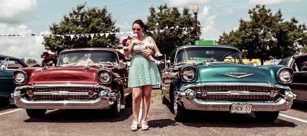 classic-cars-mom-mobile